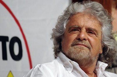 Beppe Grillo, protagonista della politica, stando fuori dal Parlamento. di Savino Giacomo Guarino