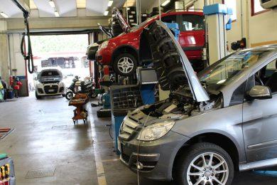 Nel 2018 gli italiani hanno speso 32,1 miliardi per far riparare la propria auto.