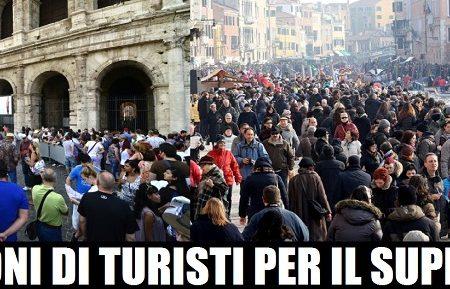 L'Italia fa il pienone di turisti per il Super ponte di Pasqua, 25 Aprile e 1 Maggio.