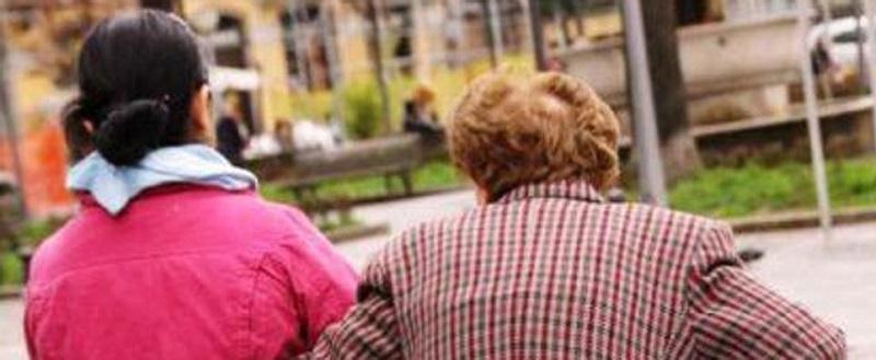 Il business dell'assistenza a malati e anziani: 42 miliardi di euro, di cui circa il 25% ovvero, 12 miliardi, pesa sulle spalle delle famiglie italiane.