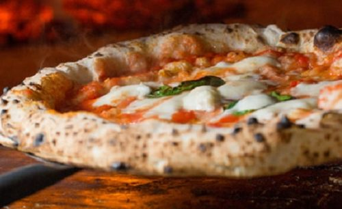 """Oggi è la """"Giornata Mondiale"""" della pizza!"""