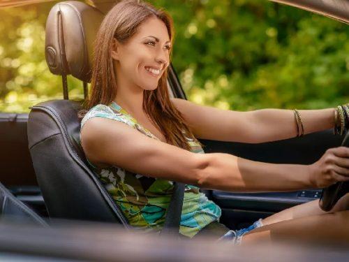 Le donne guidano meglio dei maschi e fanno meno incidenti