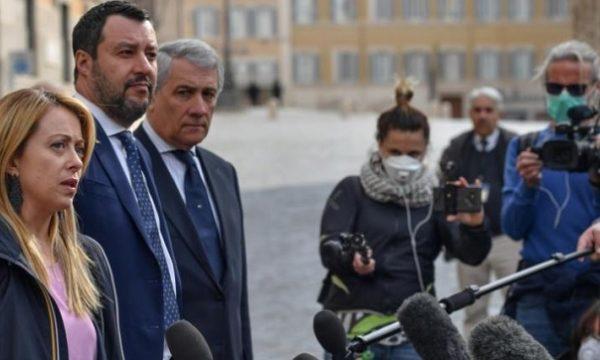 L'opposizione vuole chiudere l'Italia. Il Governo no.