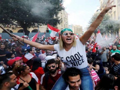 Beirut: manifestazioni di piazza e default dello Stato.