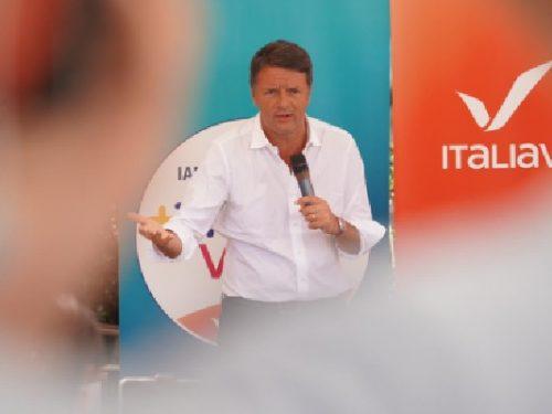 """Renzi: """"Noi abbiamo le idee giuste, ma ci servono i vostri voti""""."""
