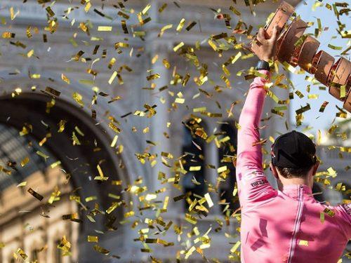 Aspettando la 'maglia rosa 2020', riviviamo insieme la storia degli ultimi Giri d'Italia. 0 (0)