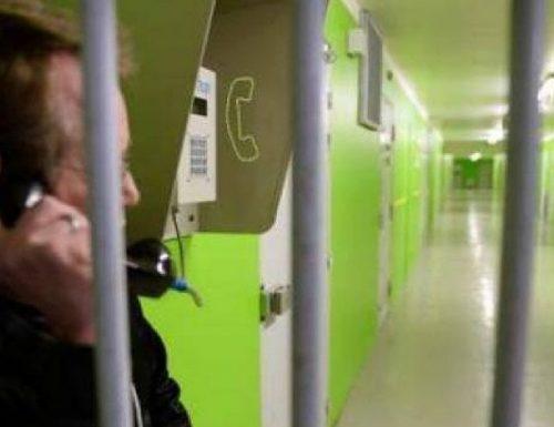 Quando sei murato nella cella di un carcere, solo e disperato, una telefonata con la donna che ami o con una persona cara, ti salva la vita!