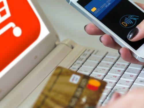 Acquistare online è così comodo che è difficile ritornare in negozio. Devi prendere proprio una grossa fregatura per cambiare idea! 2 (1)