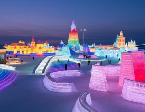 Il Festival di Harbin. Labirinti di neve e torri di ghiaccio.