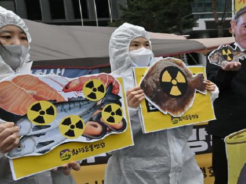 Fukushima, tonnellate di acqua contaminata saranno gettate nell'oceano.