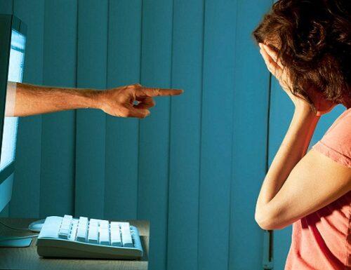Il bullismo nel digitale: intervenire o mimetizzarsi?