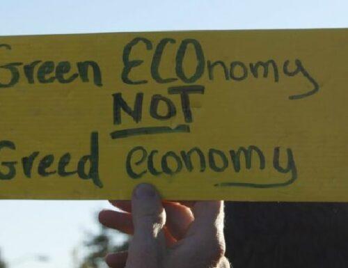 """Limiti e criticità della """"Green Economy""""."""
