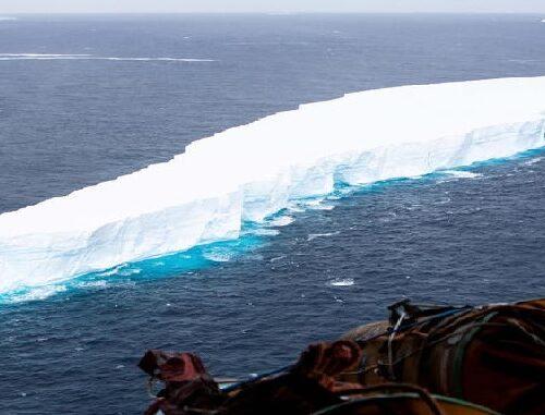 L'iceberg più grande al mondo si stacca dall'Antartide: è grande come il nostro Molise!