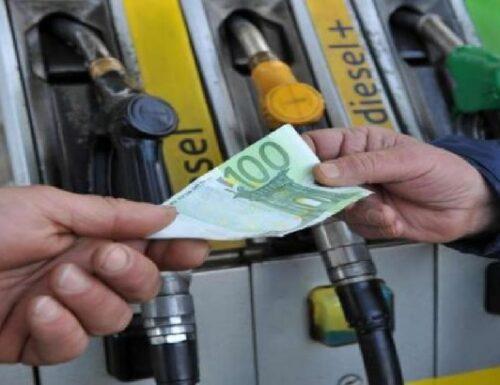Benzina a prezzo record!