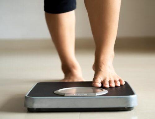 Dopo i 60 anni si tende ad ingrassare, ma la colpa non è del rallentamento metabolico.