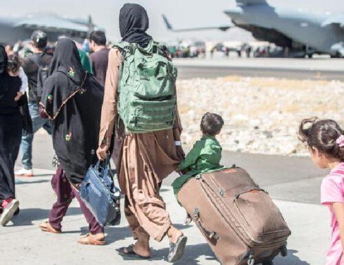 E se ad accogliere i profughi afghani fossero i paesi mussulmani ricchi?