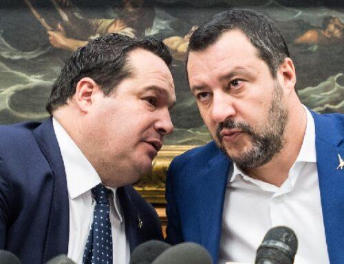 """Dalla Lega di Bossi del """"Ce l'ho Duro!"""", a quella di Salvini del """"Ce l'ho Durigon!""""."""