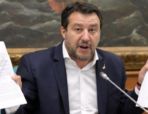 Salvini: 'No a deleghe in bianco. No ad aumento tasse, mettiamolo scritto'!